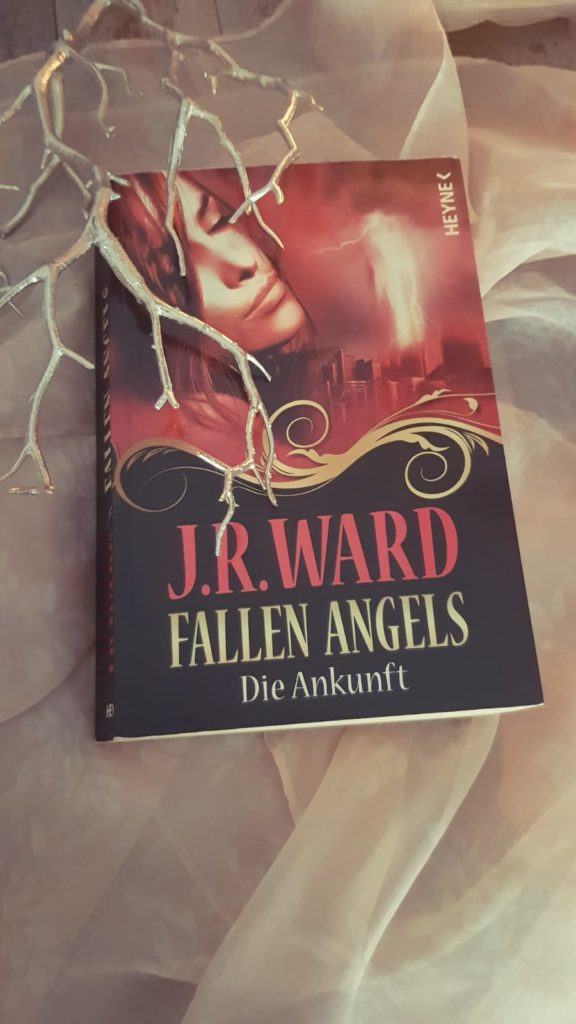 J.R.Ward-Fallen Angels